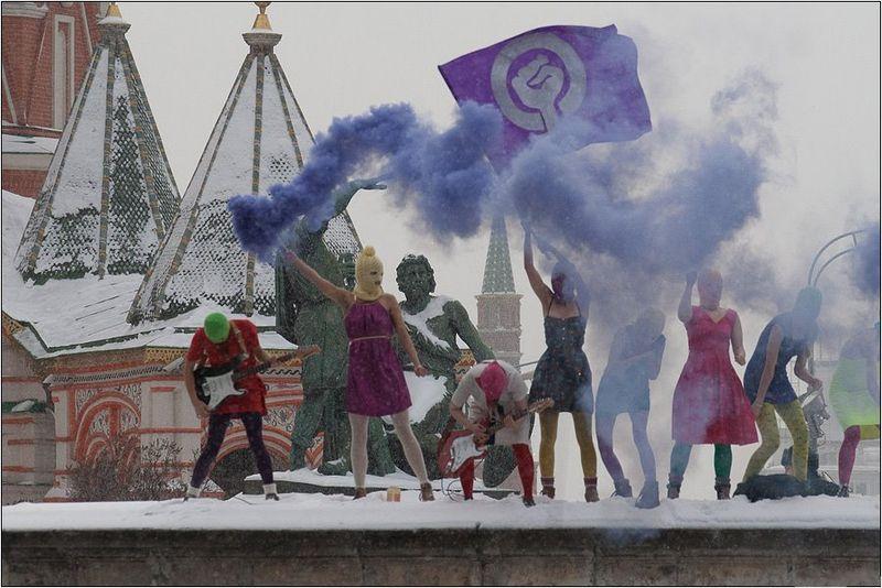 Rättegången mot punkbandet Pussy Riot har fått allt fler att vända blickarna österut Foto: Denis Bochkarev/Wikimedia Commons