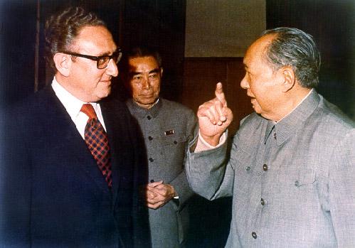 Henry Kissinger arbetade redan på 70-talet för ett närmande mellan USA och Kina