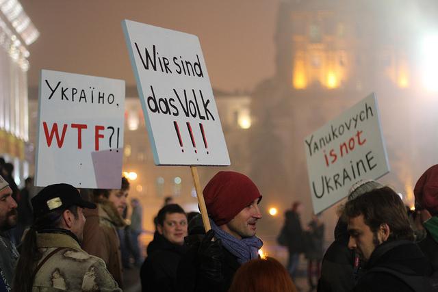 I Ukraina demonstrerar folk i hundratusental mot president Janukovitjs Rysslandvänliga politik. Foto: Ryan Anderson/Flickr