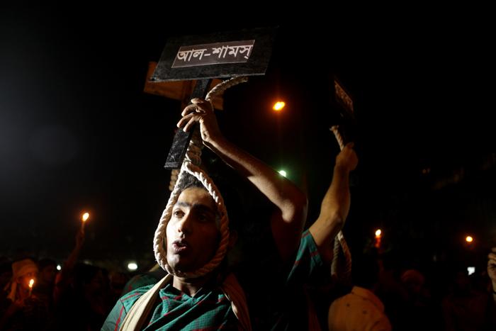 Omvärlden hade svårt att förstå Shabag-rörelsens krav på dödsstraff. Foto: Kabir Hossain